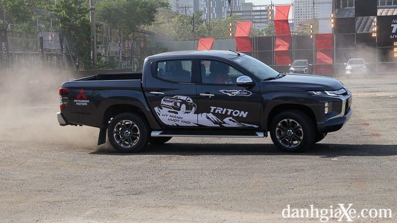 Mitsubishi Triton 1